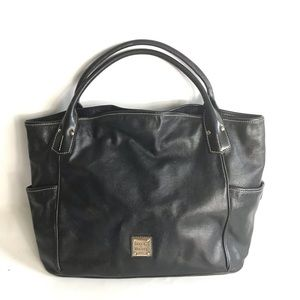 Dooney and Bourke Black big Leather Shoulder Bag